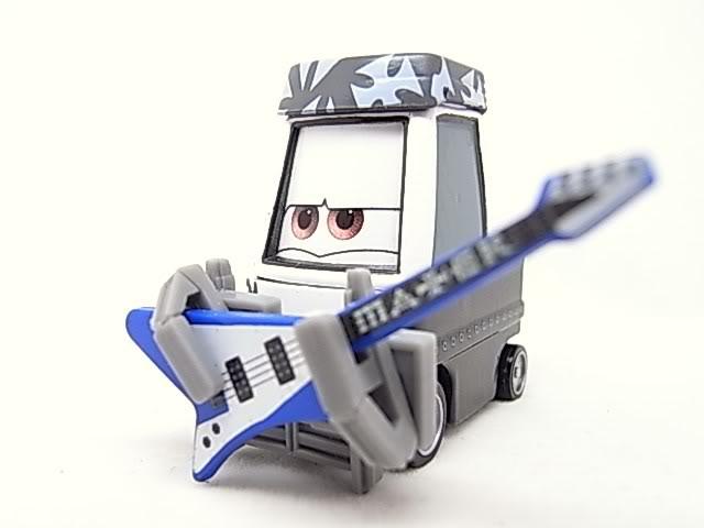 машинки из мультфильма Тачки или мультачки байки старого Мэтра Мэтр рок звезда музыкант тяжелый металл Эдди и Роки Молния МаКуин
